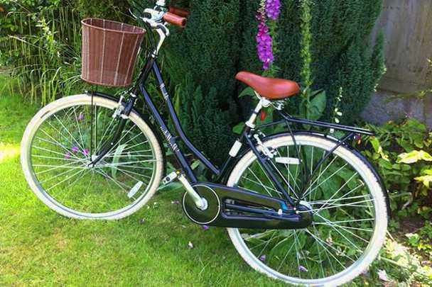 Стильный велосипед станет прекрасным женским подарком