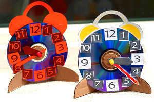 Детские часы-будильник будут прекрасным подарком ребёнку на выпускной в саду