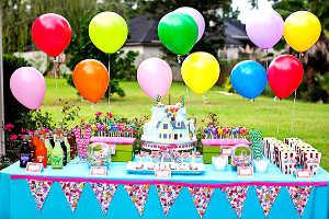 Праздновать день рождения вне дома удобно