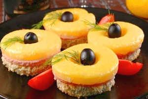 Гавайские бутерброды с ананасами
