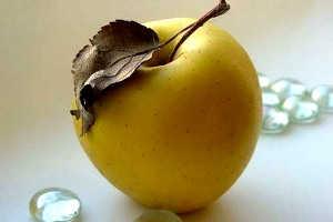 Детский конкурс с яблоками