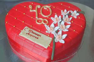 Торт на рубиновую свадьбу в подарок