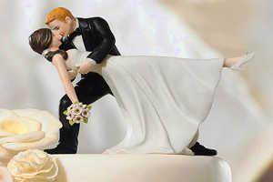 Что подарить родителям на фарфоровую свадьбу