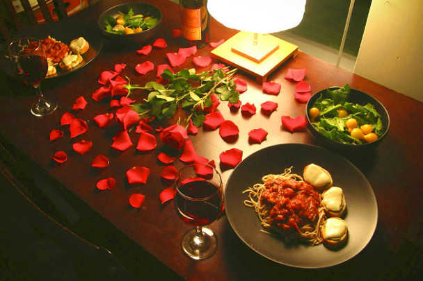 http://trishara.com/wp-content/uploads/2014/05/romanticheskij-vecher.jpg