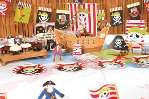 Стол на день рождения в пиратском стиле