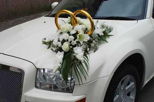 Правильные декоративные кольца припоминают сердце