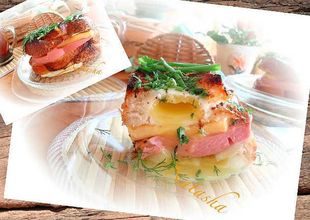 Багет с глазуньей и сыром
