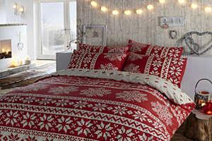 Новогоднее убранство кровати
