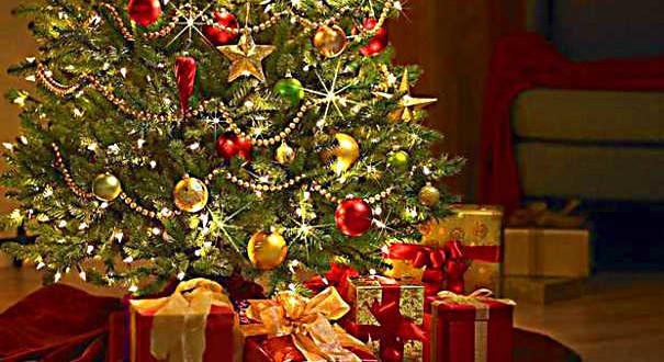 Магия Нового года своими руками: как красиво нарядить елку?