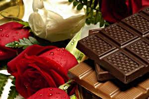 Шоколад и цветы