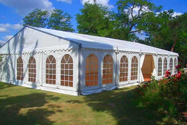 Свадебный двускатный шатер