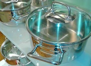 Посуда для семьи на стальную свадьбу