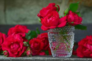 Хрустальная ваза в подарок