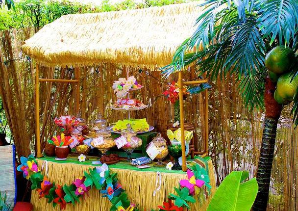 Тики бар для гавайского праздника
