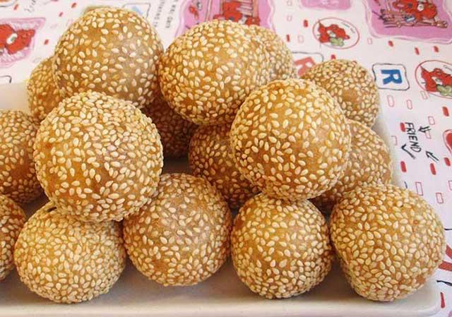 Шарики из печени трески в сезамовом семени
