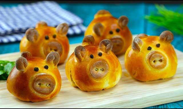 Выпечка в виде свиней